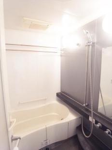 浴室乾燥機付きシステムバス