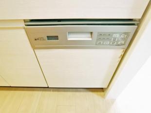 ●食洗機付で毎日の洗物も便利