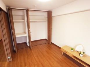 ●4.7帖洋室