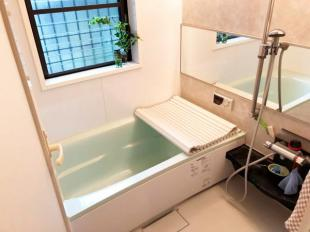 ●ゆったりと入れる浴室 浴室乾燥機付
