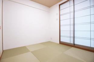 ●4.5帖の和室はサブリビングにもなります