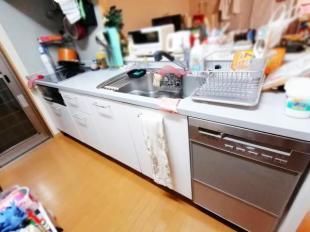 ●食洗機付のシステムキッチン