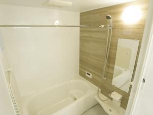 ●浴室暖房乾燥機付のユニットバス(同現場101号)