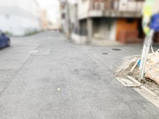 前面道路(2019年12月撮影)
